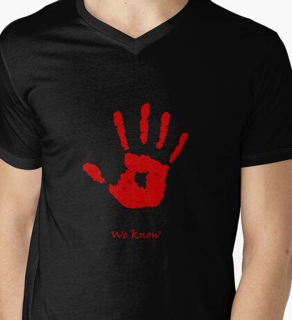 Skyrim We know Red Mens V-Neck T-Shirt