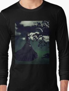 Woman in black 3 Long Sleeve T-Shirt
