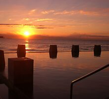 Coogee Sunrise by Judee12