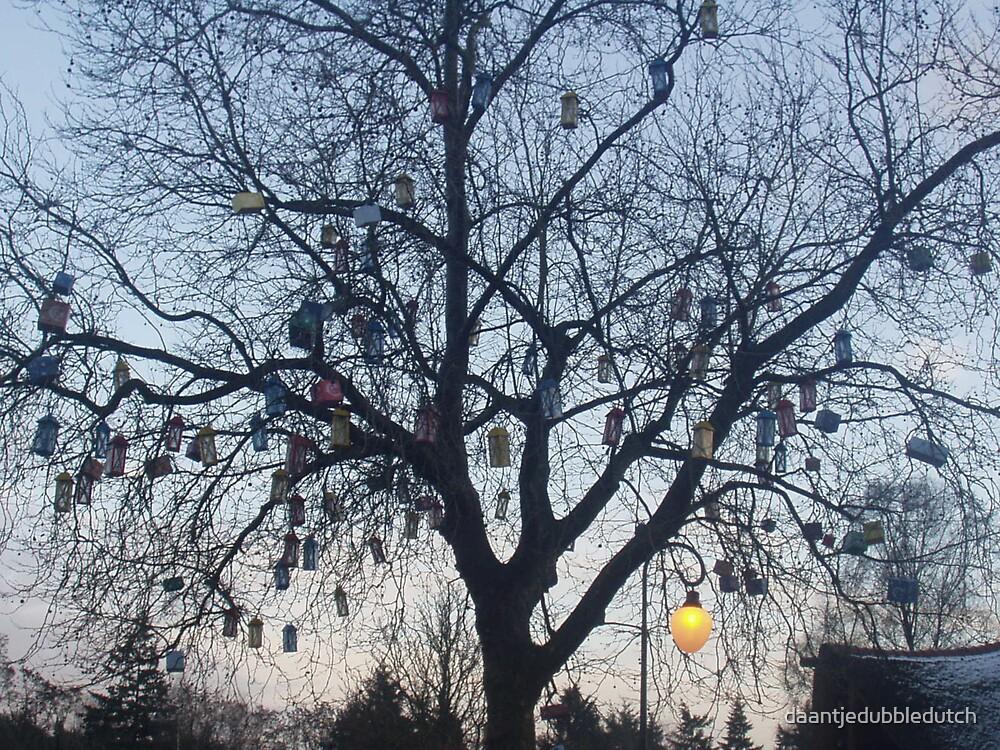 tree of light by daantjedubbledutch