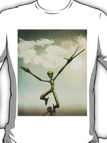 Alien attack 3 T-Shirt