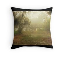 pea souper Throw Pillow