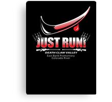 Just Run! Canvas Print