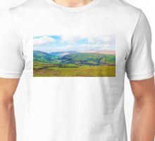 Green Countryside landscape in Yorkshire Dales National Park, United Kingdom Unisex T-Shirt