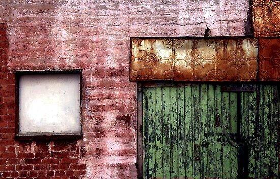 Old building facade, Richmond by Roz McQuillan