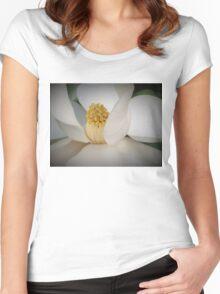 Magnolia macro Women's Fitted Scoop T-Shirt