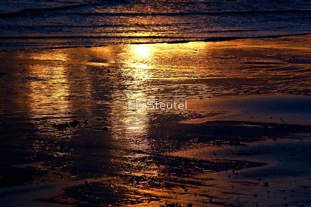 sunset beach 2 by Els Steutel