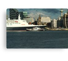 The QE2 VISITS LIVERPOOL FOR THE LAST TIME-3 Canvas Print