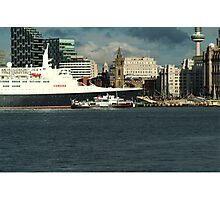 The QE2 VISITS LIVERPOOL FOR THE LAST TIME-3 Photographic Print