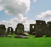 stonehenge by calipix