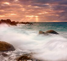 Heavenly Light by DawsonImages