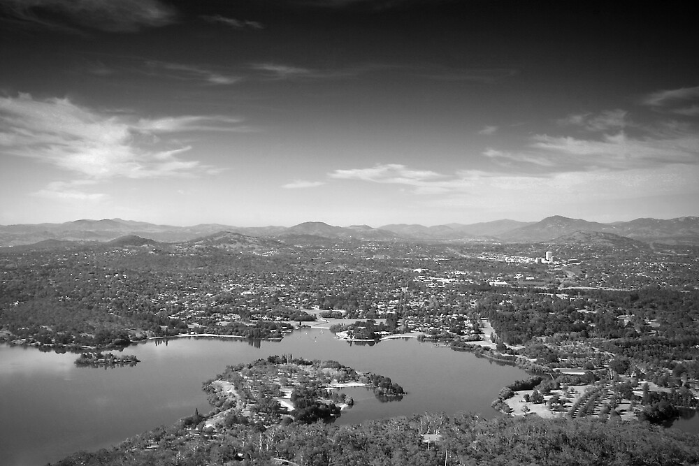Canberra by Phoonaz