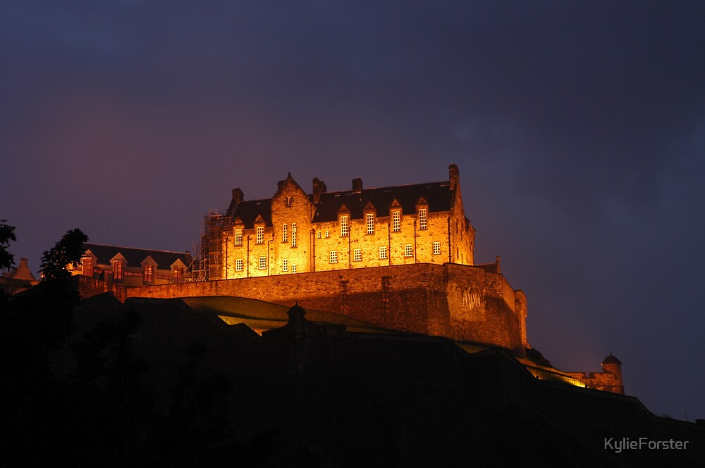 Edinburgh Castle by KylieForster
