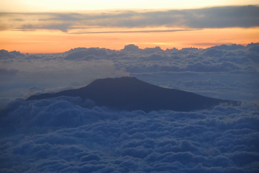 Above the Clouds by lucio della ratta