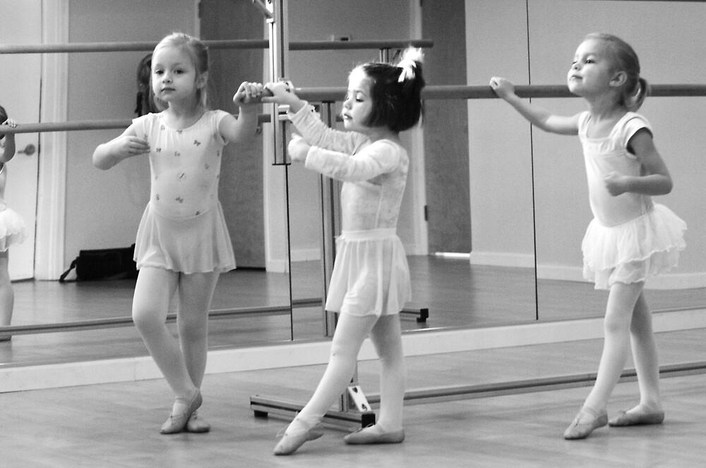 Ballet days #2 by missmunchy
