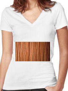 Scrunch Women's Fitted V-Neck T-Shirt