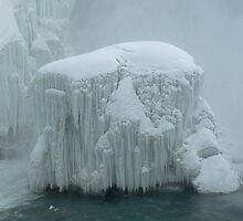 frozen niagra by phillip wise