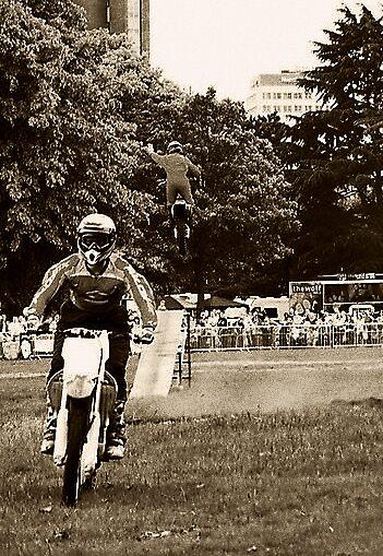 Bike Stunts by Evanickelbridger