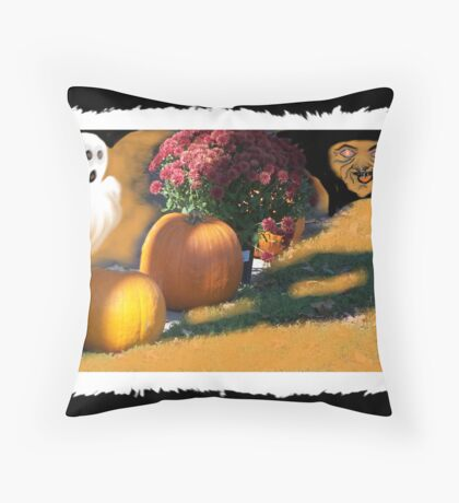 Ghostly Fears Hallowed Eve Throw Pillow