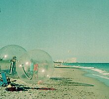 Beach Balls by njordphoto