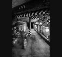 Steampunk - The steam tunnel Unisex T-Shirt