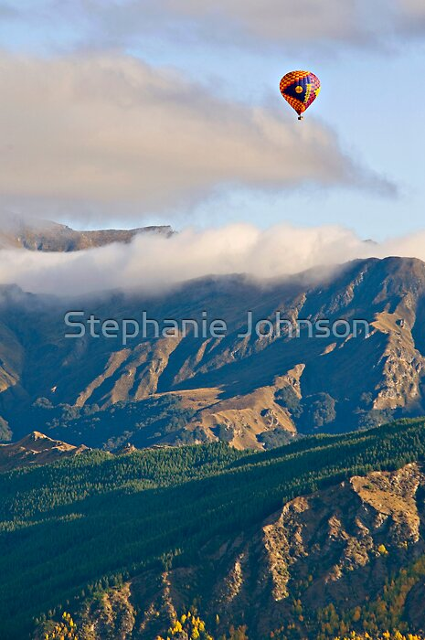 Balloon ride over Queenstown by Stephanie Johnson
