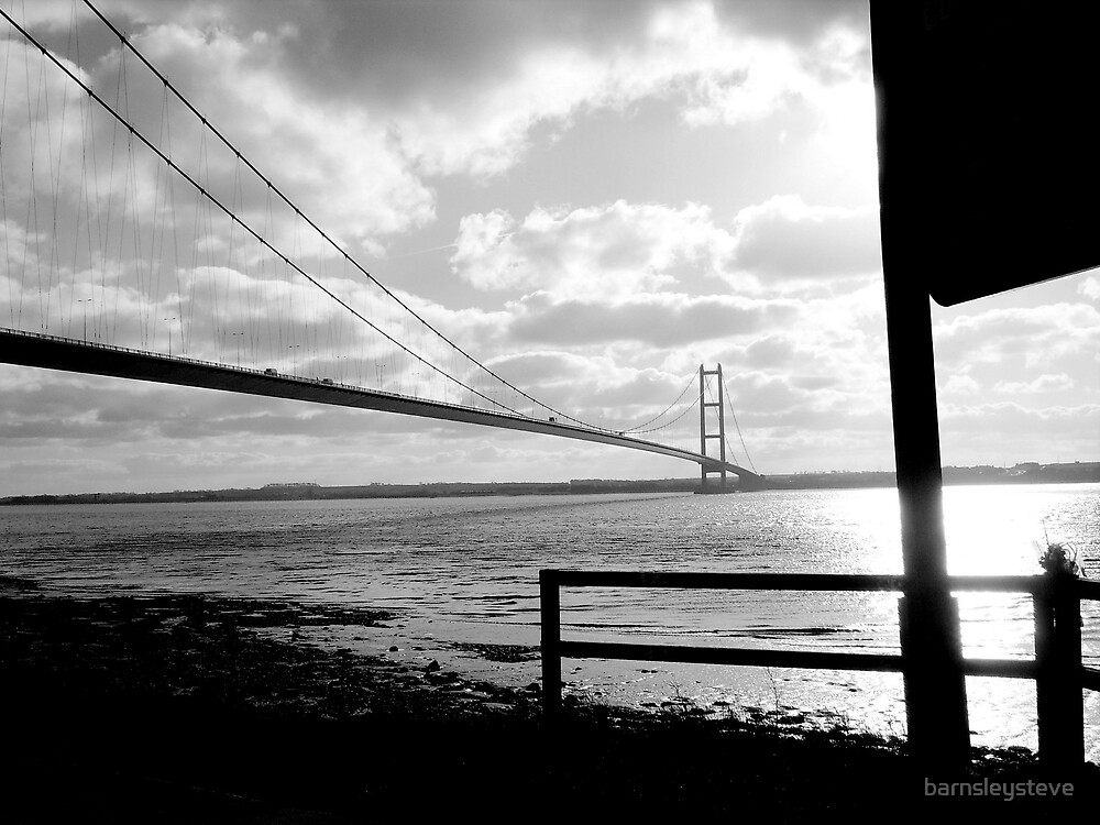 Humber Bridge by barnsleysteve