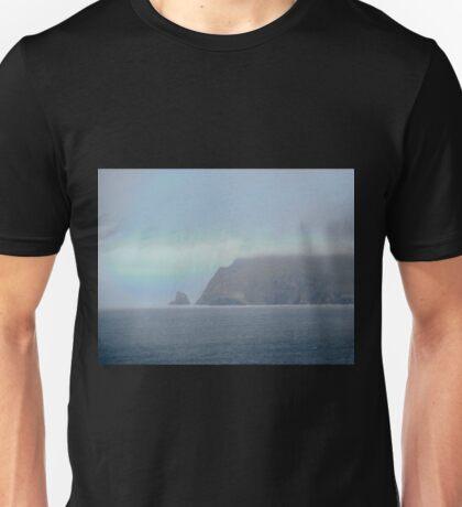 The cliffs of Fanad Head, Donegal, Ireland Unisex T-Shirt