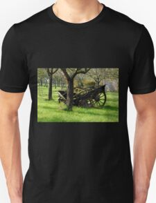Retired Cider Wagon.............. T-Shirt