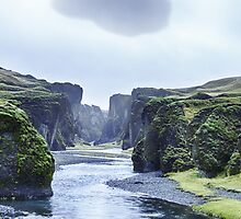 Fjaðrárgljúfur canyon by Cr4zy