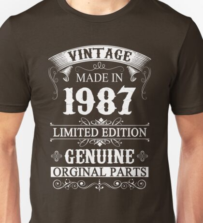 30 Years Old 1987 - 30th Birthday Gifts Unisex T-Shirt