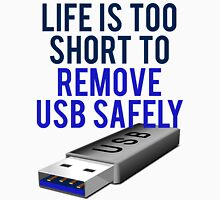 Remove USB Safely Unisex T-Shirt