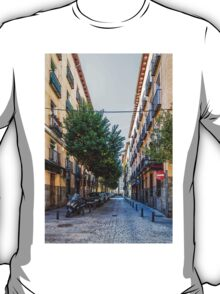 Amnesty street in Madrid T-Shirt