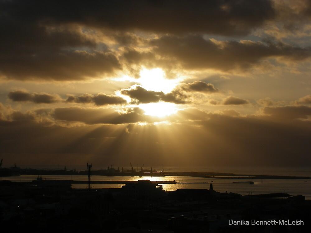 Geraldton at Dusk by Danika & Scott Bennett-McLeish