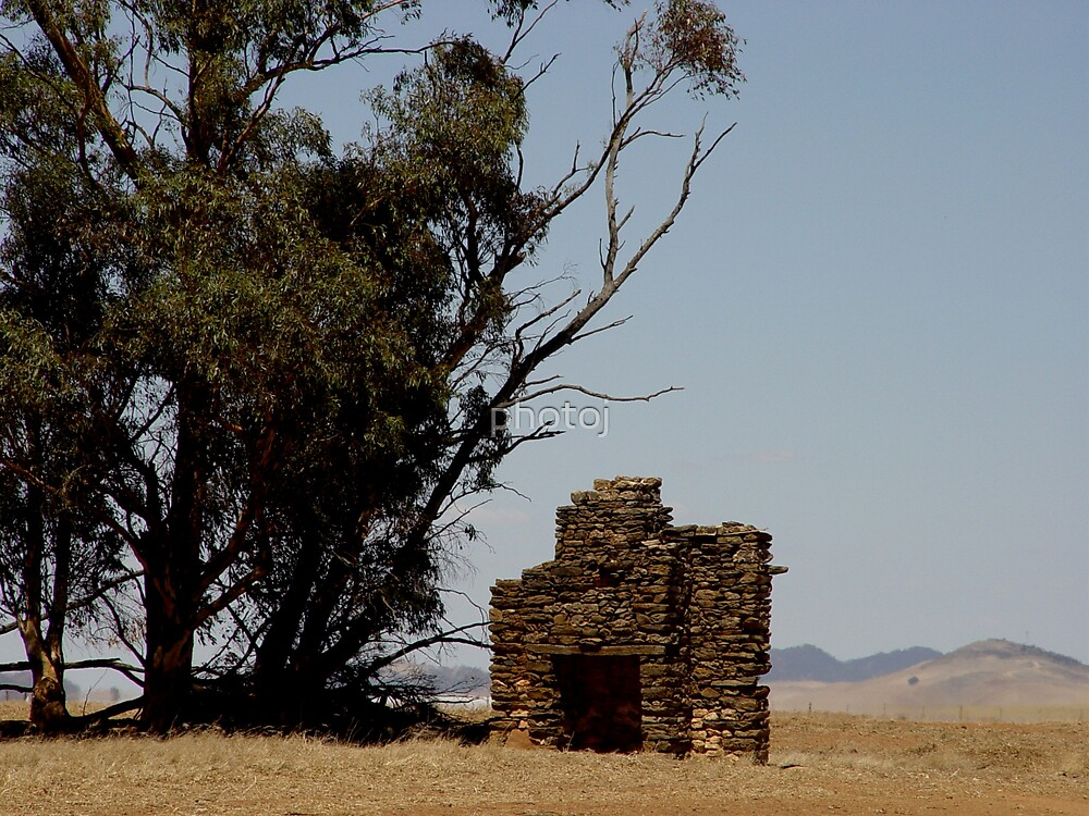 Stone Fireplace by photoj