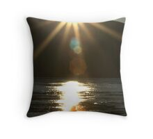 Midnight-Sun Light-Bath Throw Pillow
