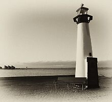 Small old lighthouse in black and white by Ron Zmiri