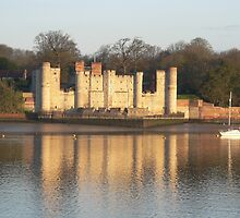 Upnor Castle at Dawn by brummieboy