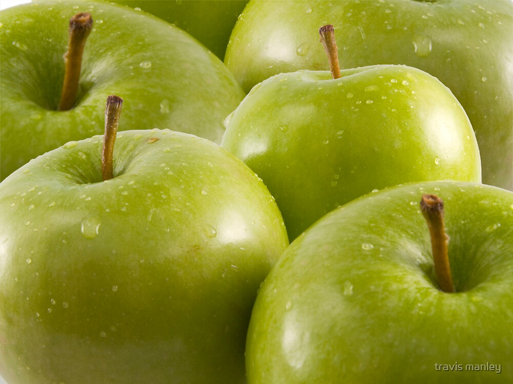 Green Apples by travis manley