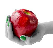 red apple by travis manley