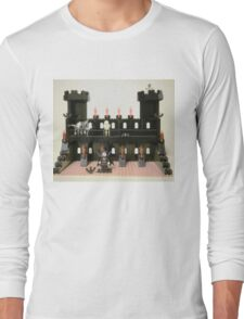 Horror Castle with Vampire, Skeleton and Ghost Minifigs Long Sleeve T-Shirt