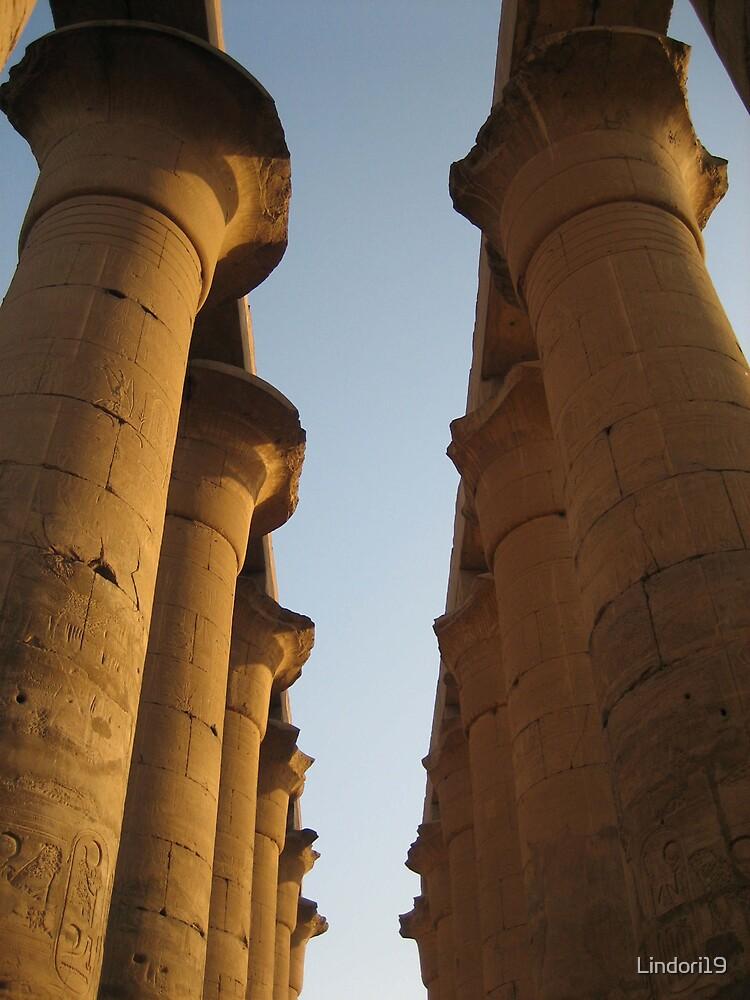 Egyptian columns by Lindori19