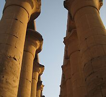 Egyptian columns by Lindori19