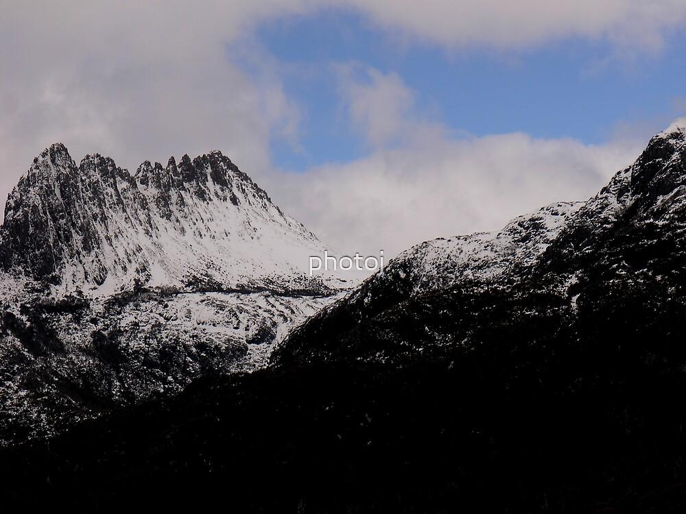 Tasmania 'The Snowy Cradle Mt' by photoj