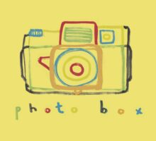 photo box Kids Tee