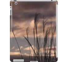 Tall Grasses at sunset iPad Case/Skin