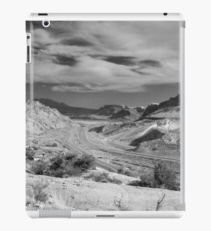 US 191 Through Moab, Utah iPad Case/Skin