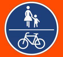 Gemeinsamer Rad- und Fußweg by IMPACTEES