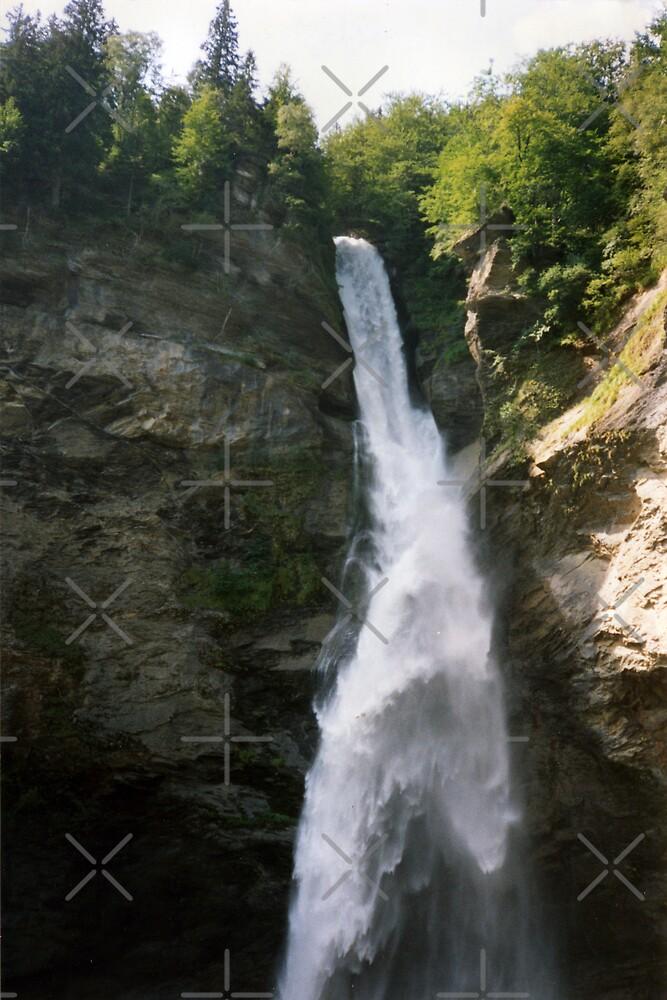 Reichbach Falls by georgiegirl