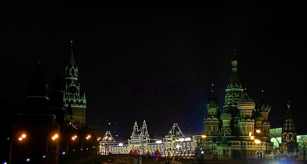Looking into Red Square from Bolshoy Moskvoretskiy Most Bridge by Jon Ayres